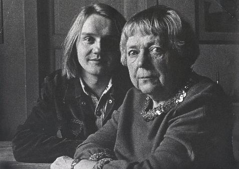 Finn og Inger Hagerup hjemme hos sistnevnte i 1974.