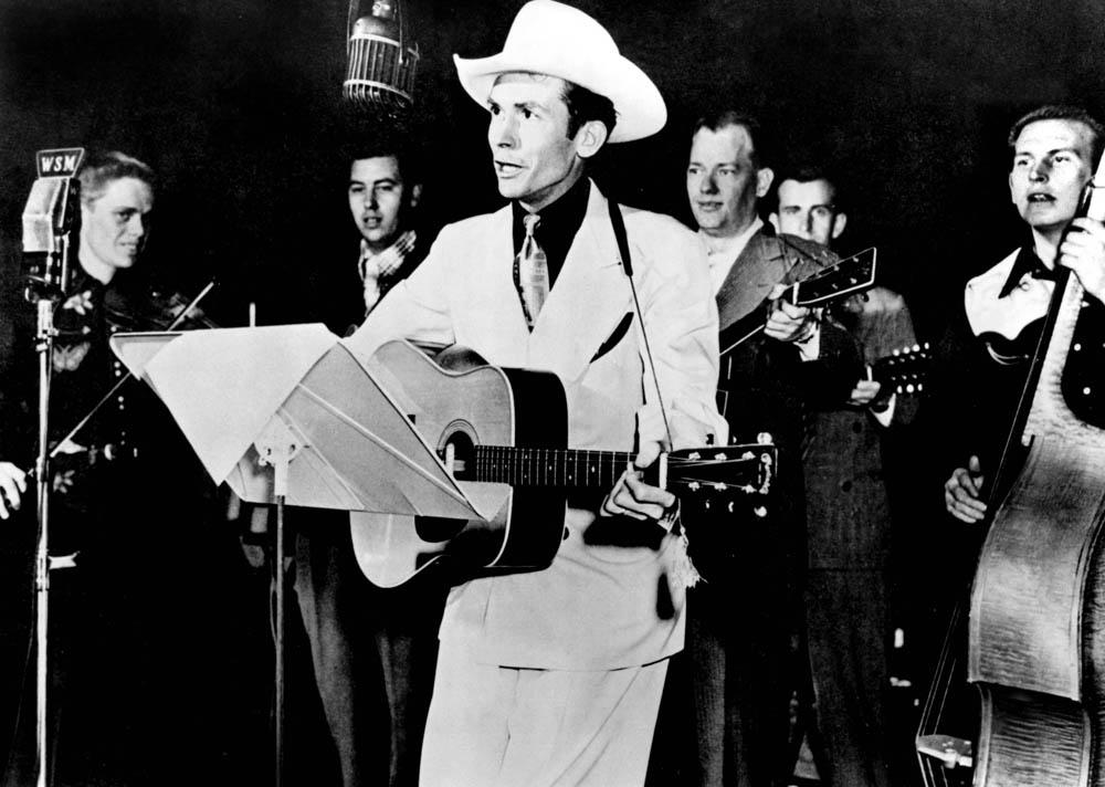 Hank Williams var en av countrymusikkens virkelig store, tidlige stjener. Bob Dylan skal ha uttalt følgende: - Jeg elsker alle typer Hank. (Foto: Scanpix)