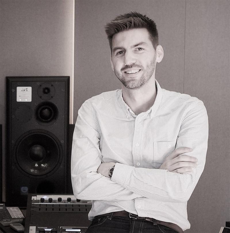 """Morgan Nicolaysen hos Propeller mastering forteller at musikk må mastres spesielt for vinyl. Han forteller også at musikk med """"luft"""" i arrangementer og produksjon gjerne høres best ut på vinyl."""