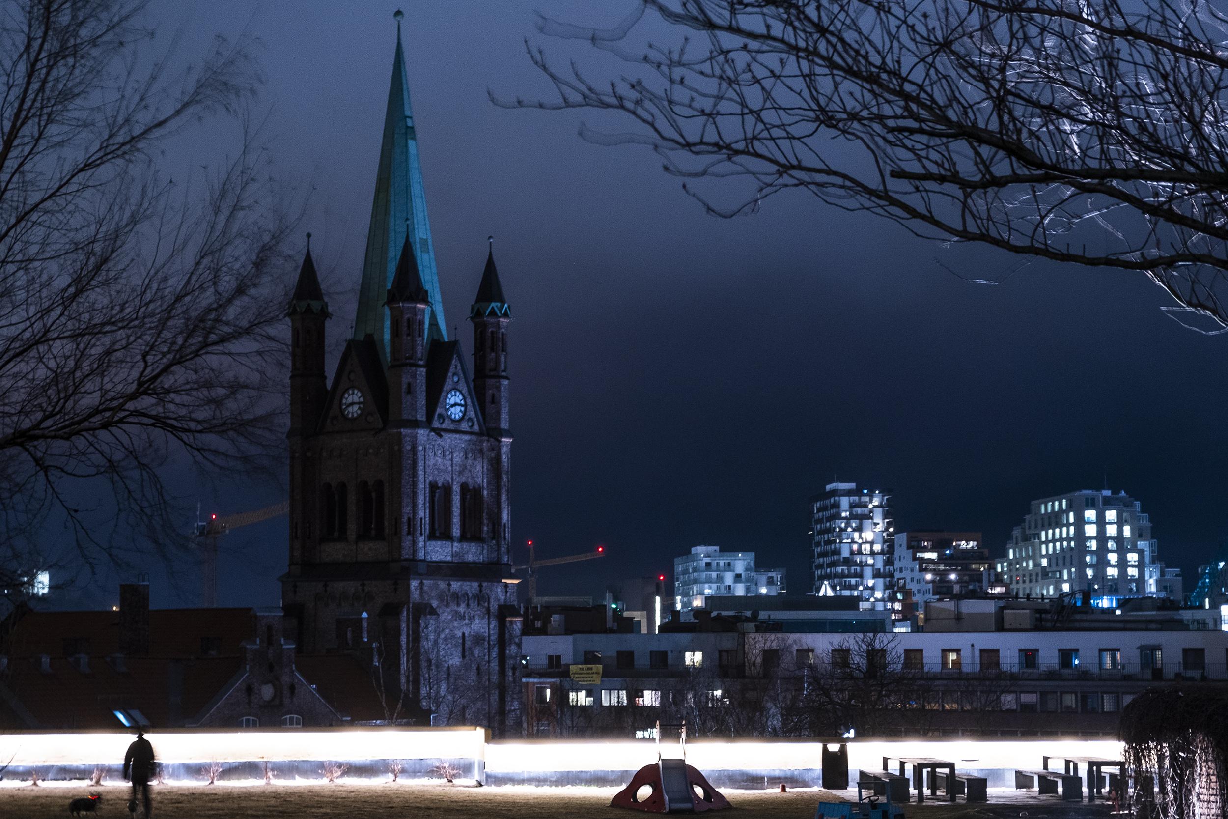 Grønland kirke kveld